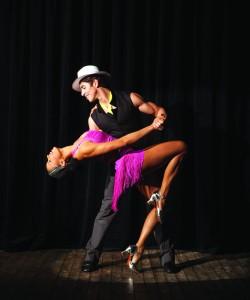 individualūs šokių mokymai vyrams ir moterims