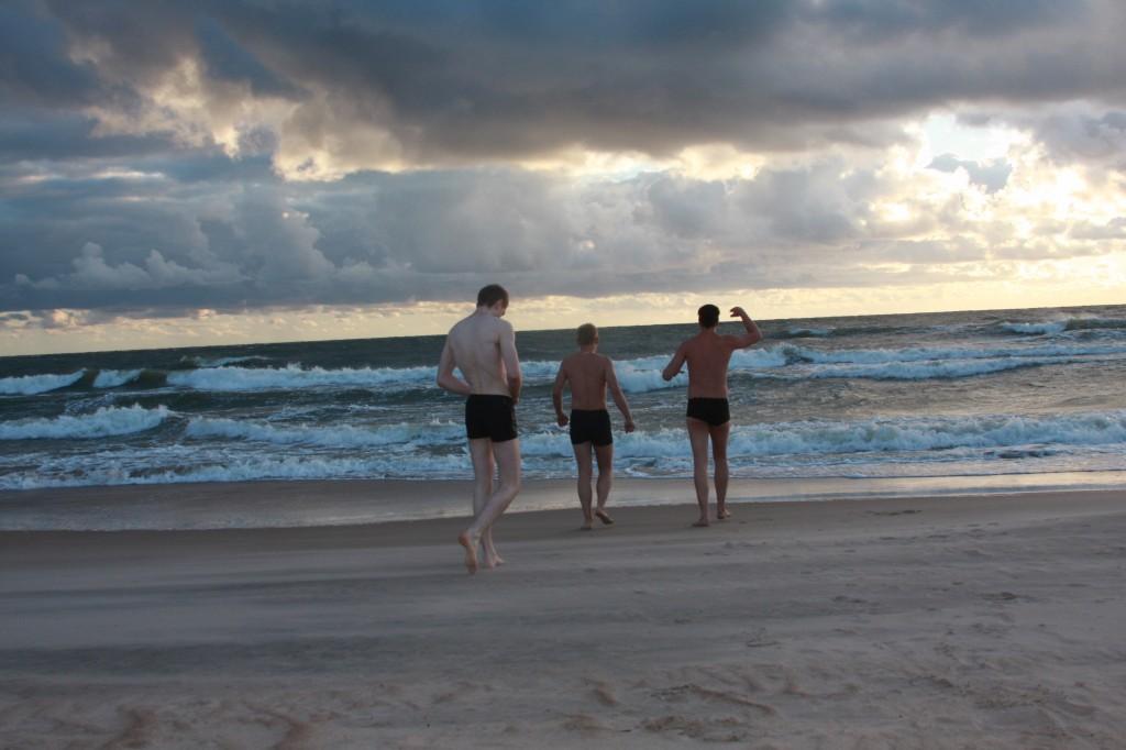 bėgame į jūrą