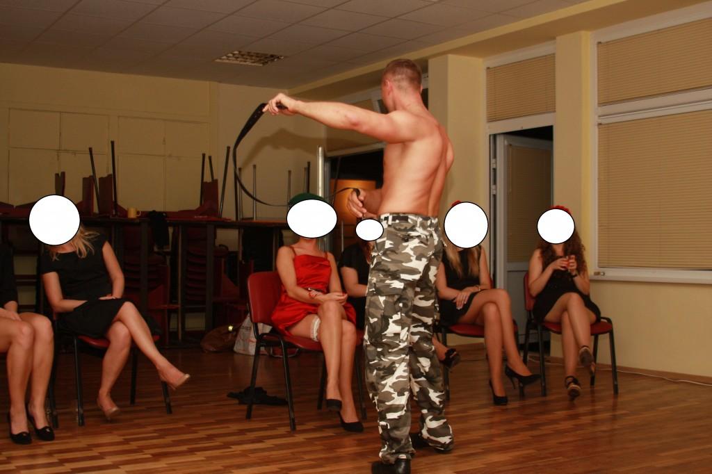 striptizo sokejo darbas 2